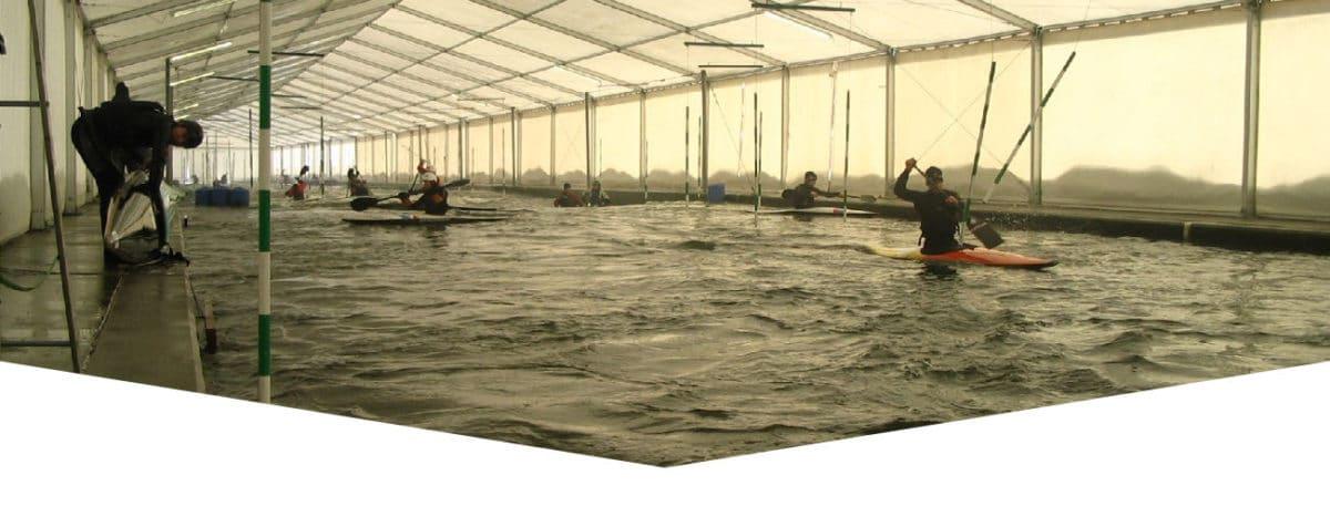 pabellón de deportes - pista para el entrenamiento rafting